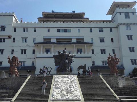 红山本主庙旅游景点图片