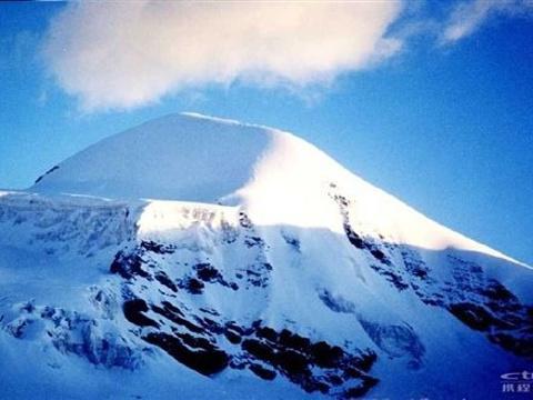 唐拉昂曲峰旅游景点图片
