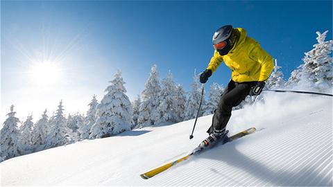 龙凤山滑雪滑草场