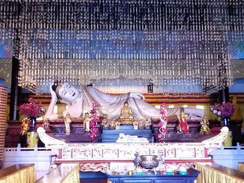 世界第一大玉卧佛旅游景点图片