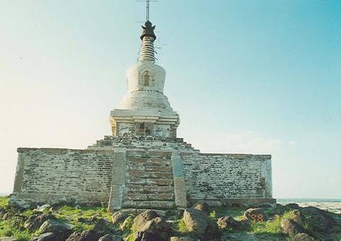 双合尔山白塔的图片