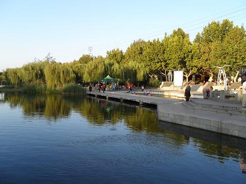 眼明泉公园的图片