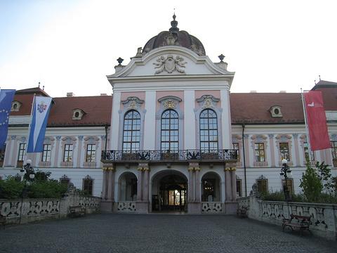 格德勒皇宫的图片