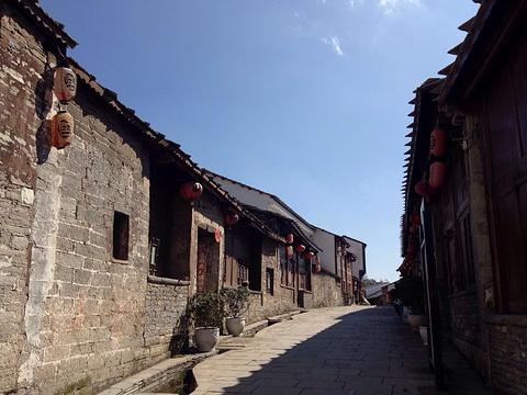 旧州古镇的图片
