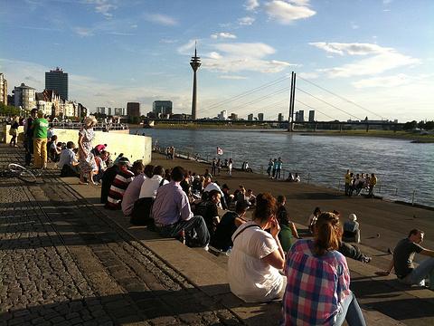 莱茵河畔散步道旅游景点图片