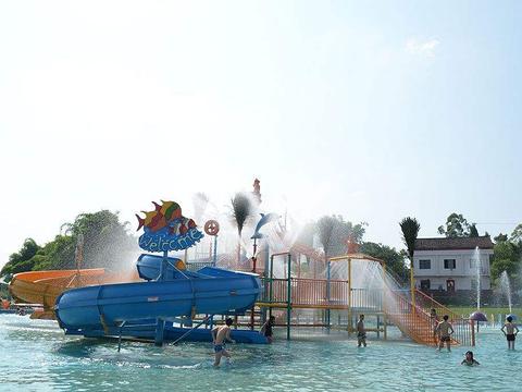 广安蒙成水上乐园旅游景点图片