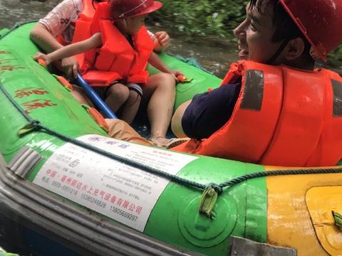 惠州昆山峡森林海漂流旅游景点图片
