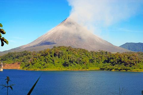 阿雷纳火山国家公园旅游景点图片