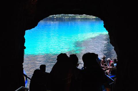 凯法利尼亚岛旅游图片