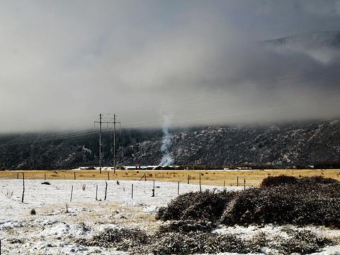 雪玛格勒冰川旅游景点图片