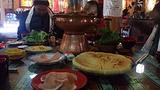 霞给藏族文化生态旅游村