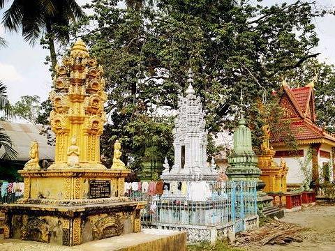 Wat Damrey Sar寺庙
