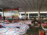 龙城中心市场