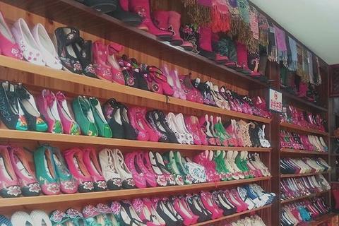 宏村绣花鞋