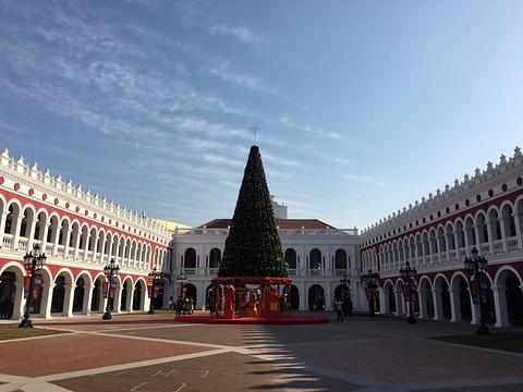 百联奥特莱斯广场旅游景点图片