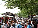 波尔泰塞城门跳蚤市场