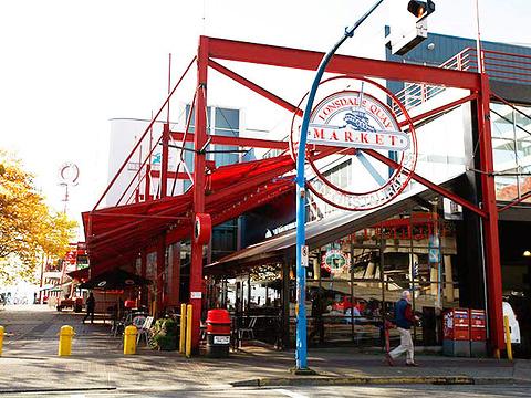 Lonsdale Quay Market旅游景点图片