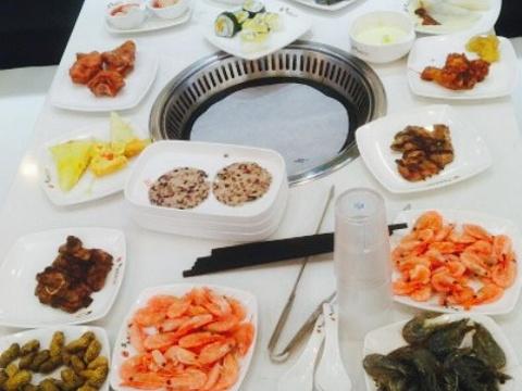 集杰尚品海鲜烤肉自助餐厅旅游景点图片