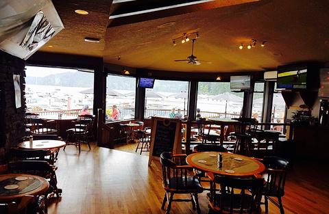 Shinglemill Pub and Bistro