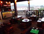 The Classic Bar & Restaurant