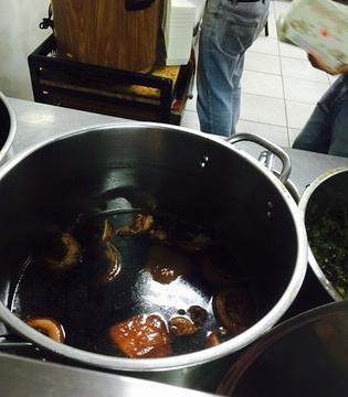 黑猪灶爌肉饭的图片