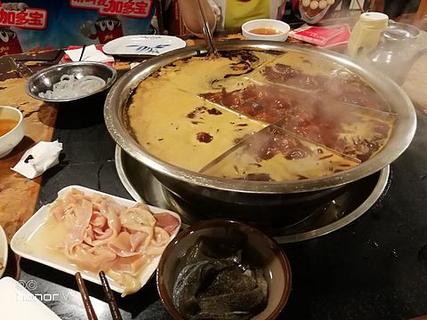 邓莽子老火锅旅游景点图片