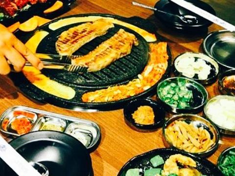 韩式烤肉旅游景点图片