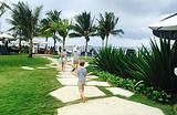 Komune Beach Club