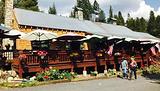 Lake Alpine Resort