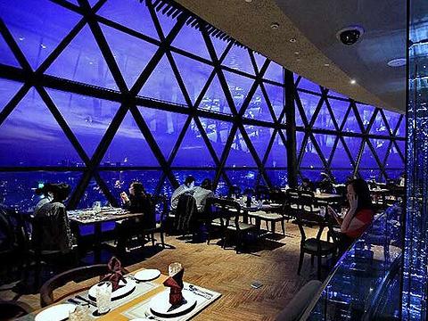 东方明珠空中旋转餐厅旅游景点图片