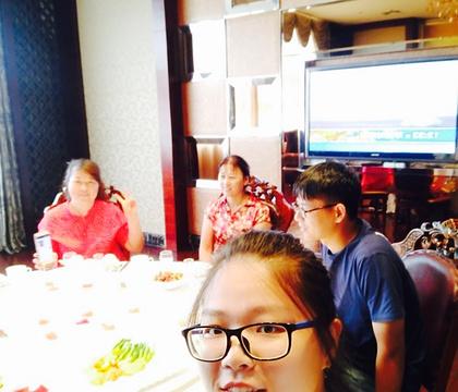 巧媳妇饺子村