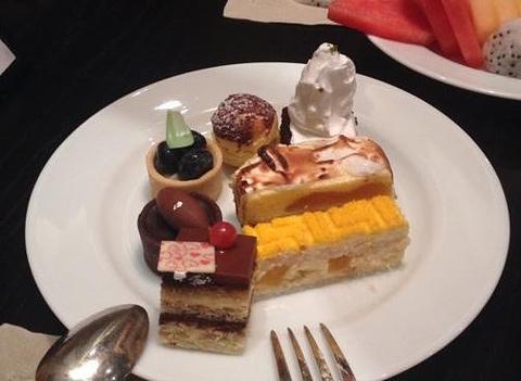 武汉光谷凯悦酒店咖啡厅的图片