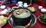 松茸石锅鸡
