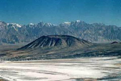 普鲁火山的图片