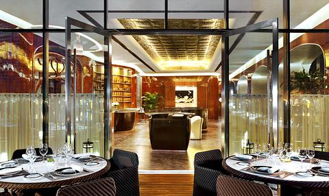 瑞吉酒店·蔚蓝海餐厅