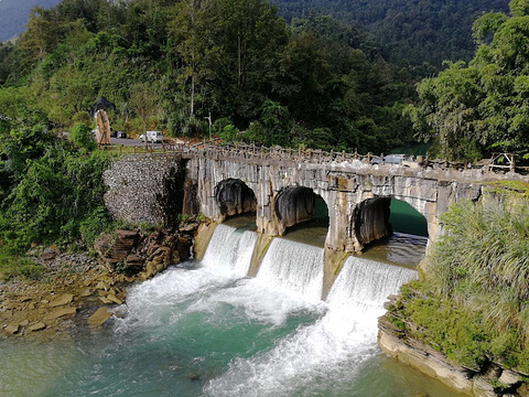 双龟桥的图片