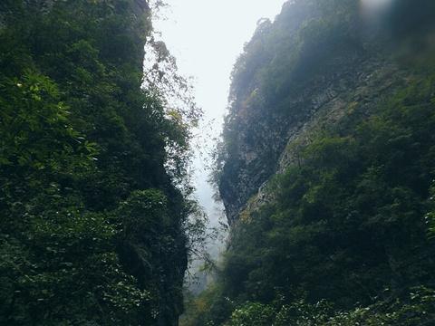西门峡漂流旅游景点图片