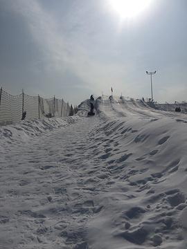 香草园滑雪场
