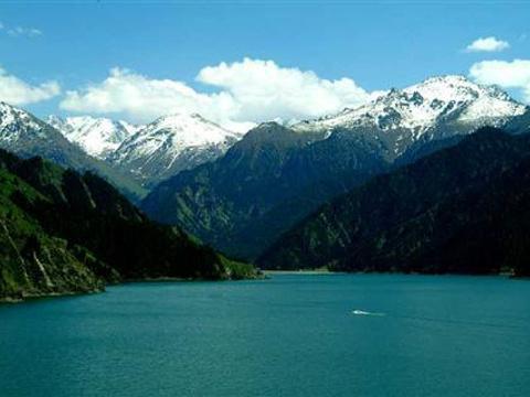 慕士山旅游景点图片