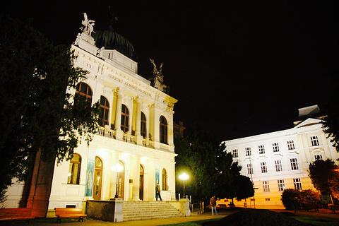 奥帕瓦旅游图片