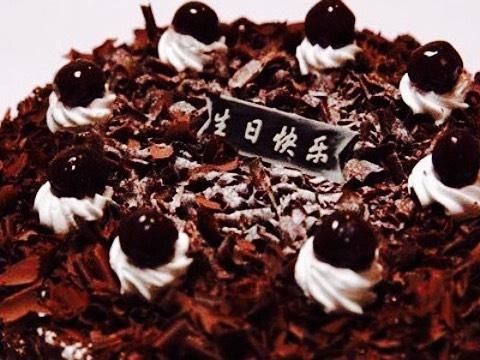 万里香生日蛋糕(万人店)旅游景点图片
