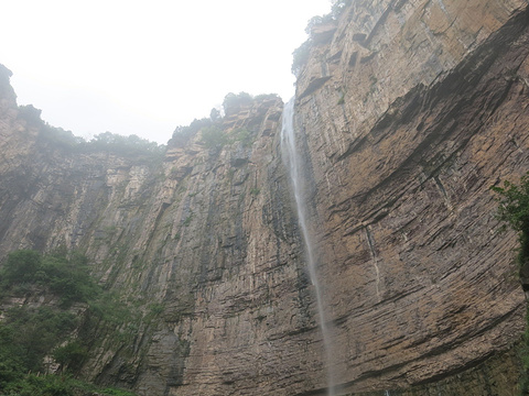 八里沟大瀑布旅游景点图片