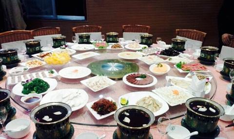 小背篓·滇菌之家养生食尚火锅(曹州路店)的图片