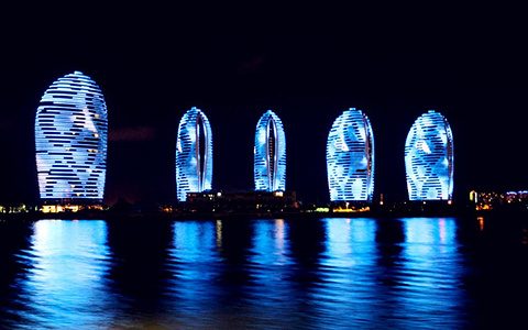 海洋长城号夜游三亚湾