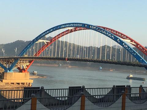 鸳鸯江旅游景点图片