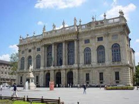 马达马宫的图片