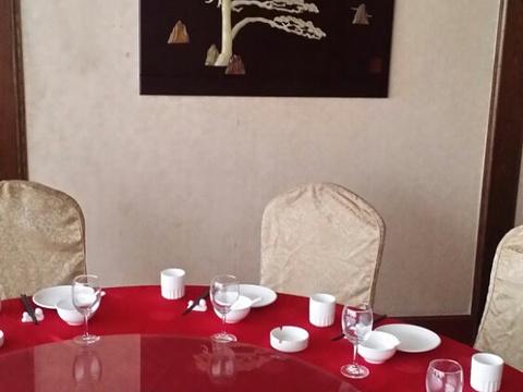 东明大酒店(沧辛过境路)旅游景点图片