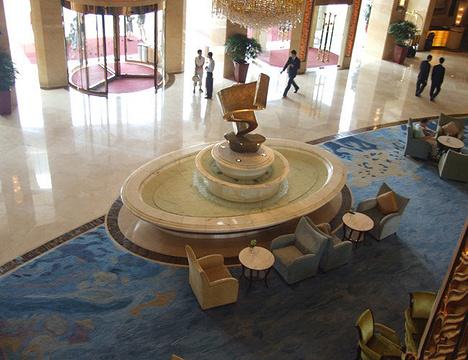 八棵树酒店(香港东路店)