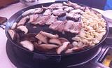 海花锅盖烧烤店