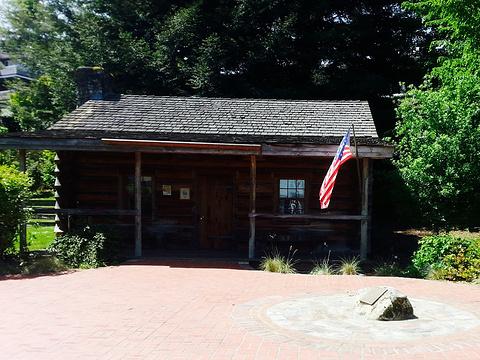 Job Carr Cabin Museum旅游景点图片